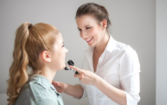Tips to find a reliable dermatologist